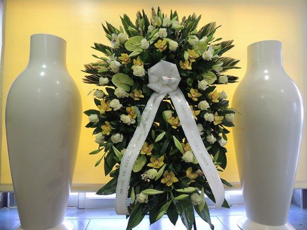 Carmen-arte-floral-trabajos-arte-funerario (1)