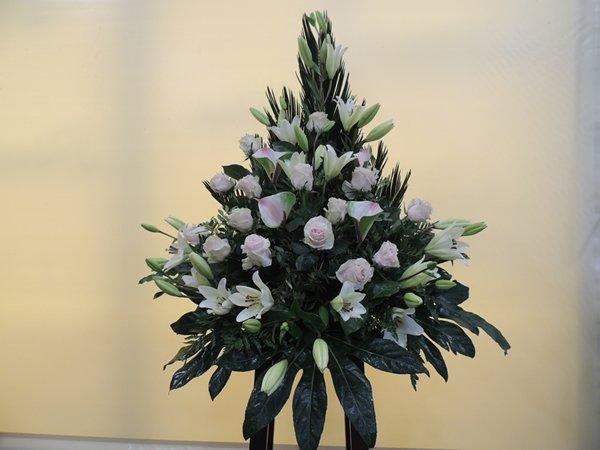 Carmen-arte-floral-trabajos-arte-funerario (6)