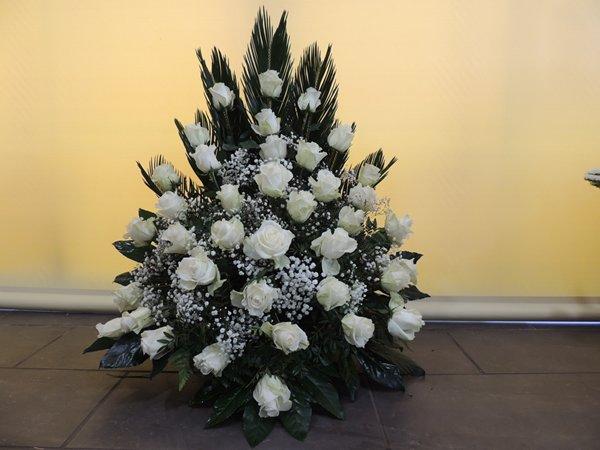Carmen-arte-floral-trabajos-arte-funerario (7)