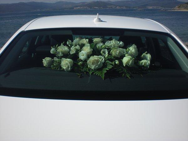 Carmen-arte-floral-trabajos-decoracion-coches (1)
